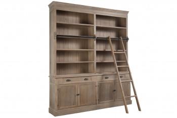 Bibliothèque et échelle en bois