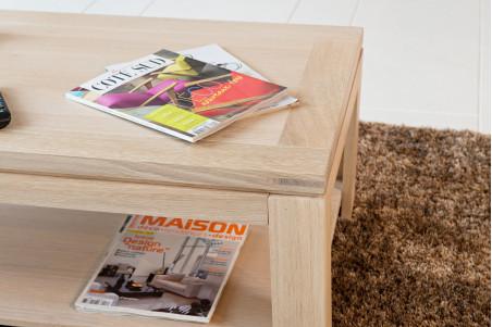 6c3a0b0e38677 Cette table basse moderne en chêne blanchi complétera à merveille votre  salon